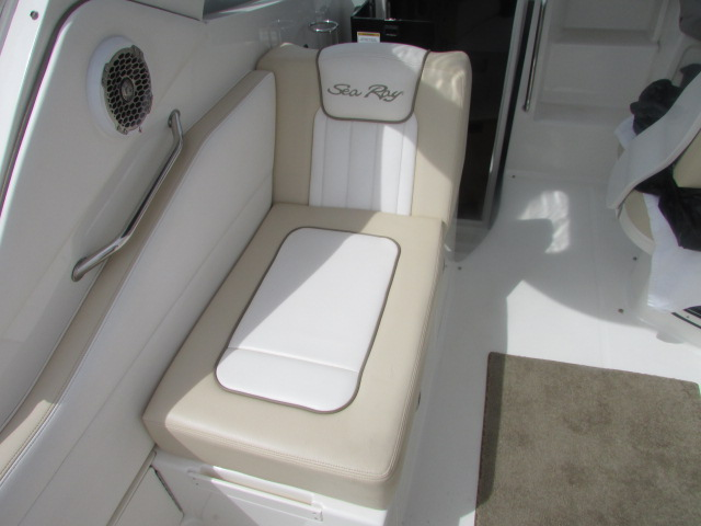 2013 Sea Ray boat for sale, model of the boat is 310 Sudancer & Image # 17 of 30