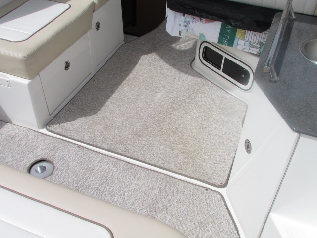 2013 Sea Ray boat for sale, model of the boat is 310 Sudancer & Image # 4 of 30