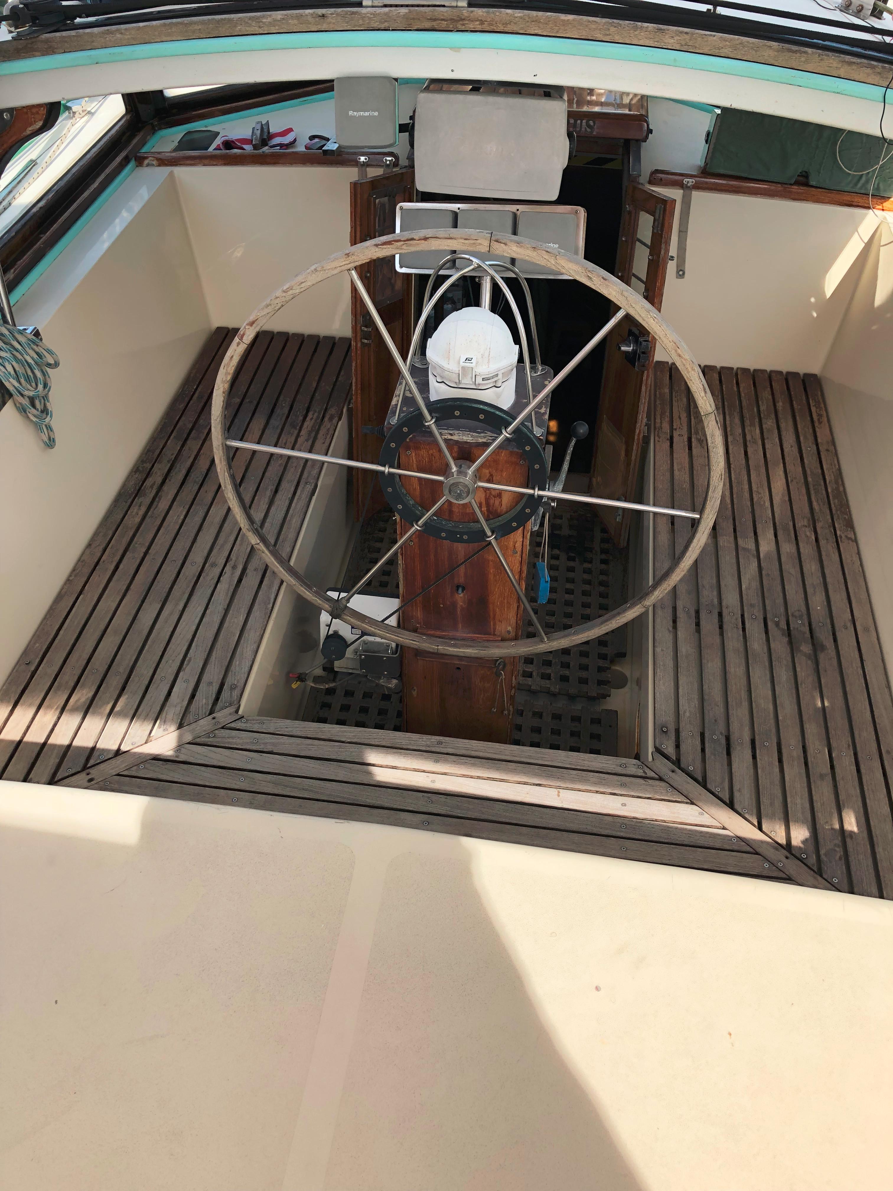 Cockpit sitting area