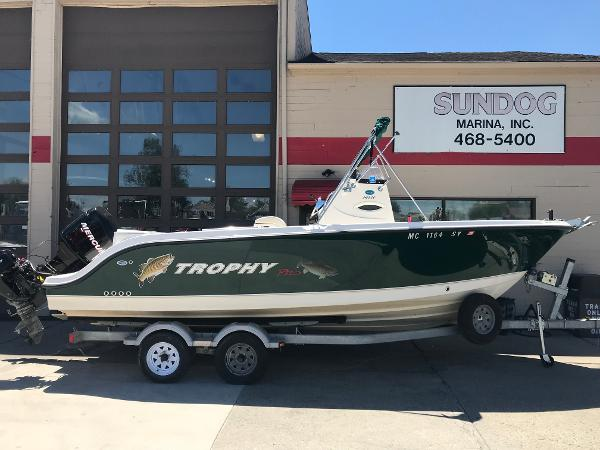 2006 TROPHY 2103 CENTER CONSOLE for sale
