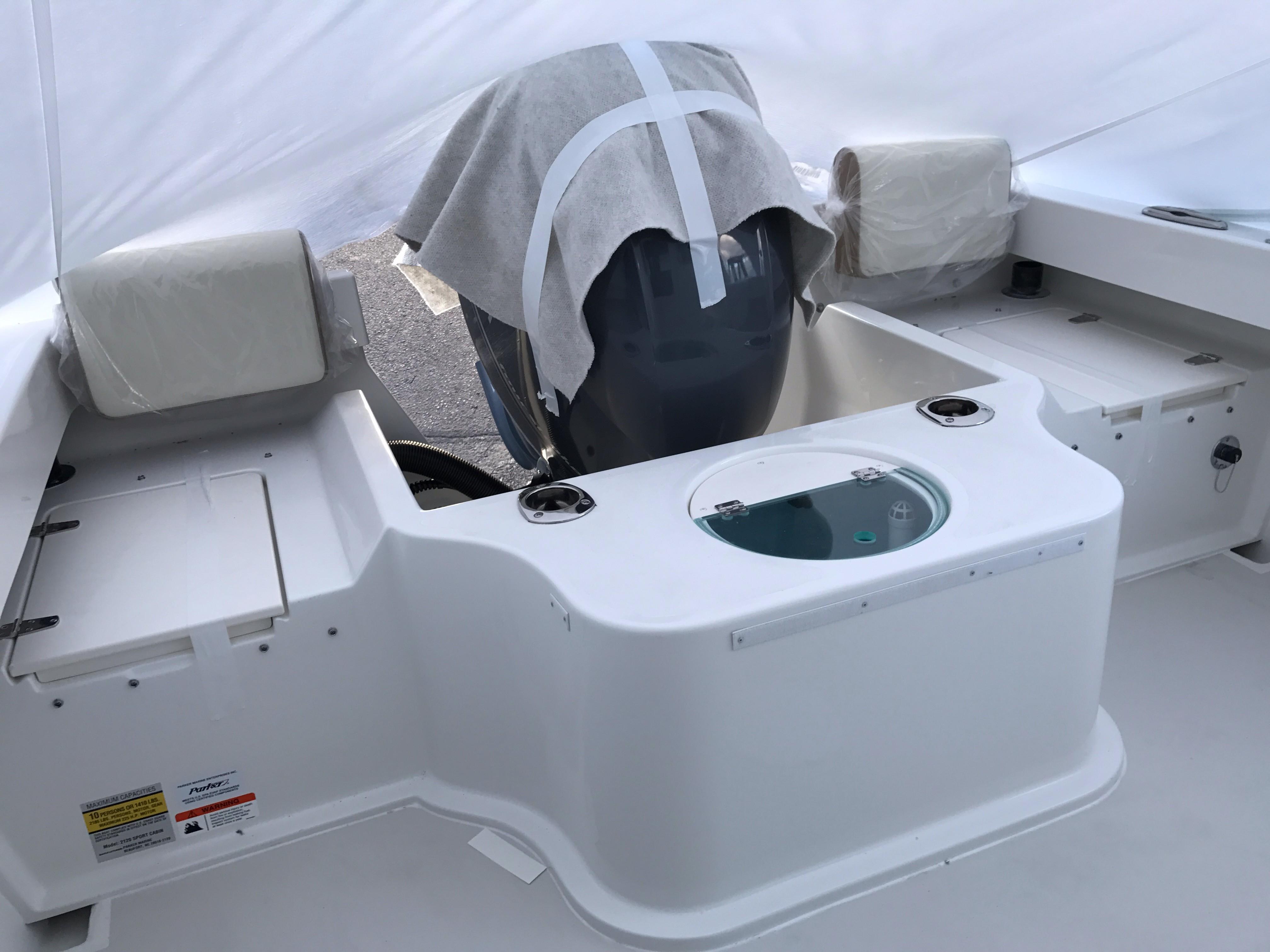 Parker2120 Sport Cabin