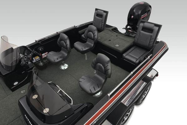 2020 Nitro boat for sale, model of the boat is ZV19 Sport & Image # 13 of 38
