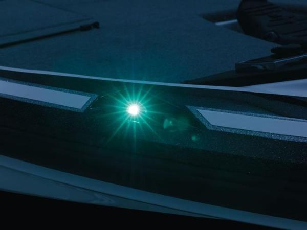 2020 Nitro boat for sale, model of the boat is Z18 & Image # 4 of 38