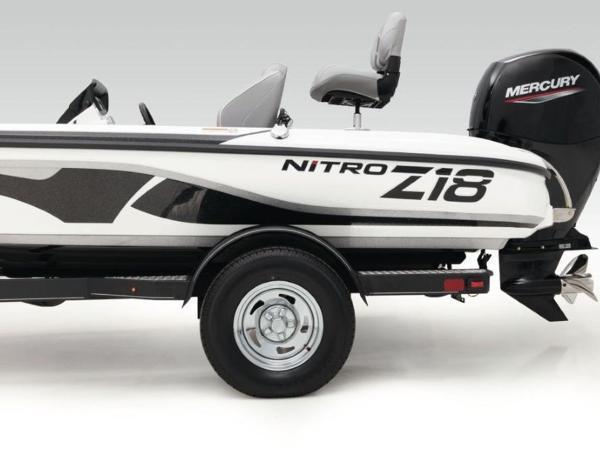 2020 Nitro boat for sale, model of the boat is Z18 & Image # 6 of 38