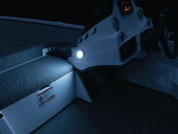 2020 Nitro boat for sale, model of the boat is Z18 & Image # 12 of 38