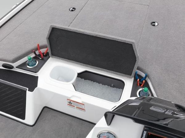 2020 Nitro boat for sale, model of the boat is Z18 & Image # 15 of 38