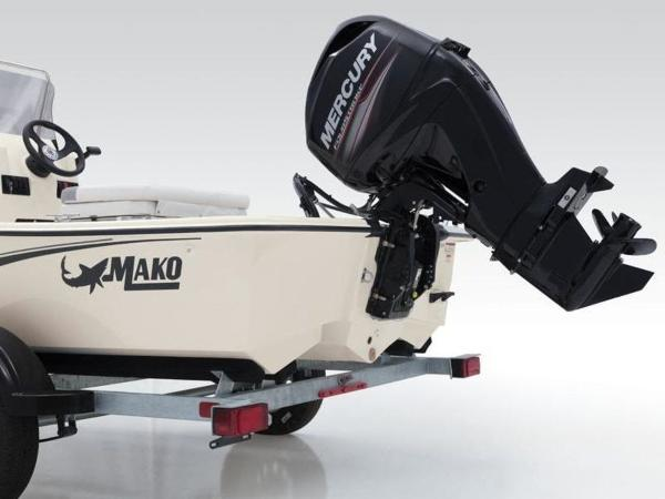 2020 Mako boat for sale, model of the boat is Pro Skiff 15 CC & Image # 2 of 33
