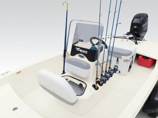 2020 Mako boat for sale, model of the boat is Pro Skiff 15 CC & Image # 21 of 33