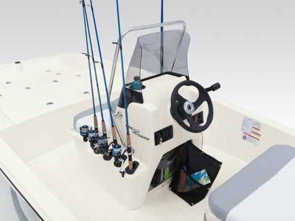 2020 Mako boat for sale, model of the boat is Pro Skiff 15 CC & Image # 28 of 33