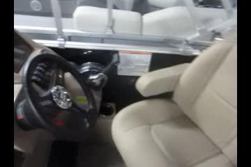 Sylvan 8520 Mirage Cruise video