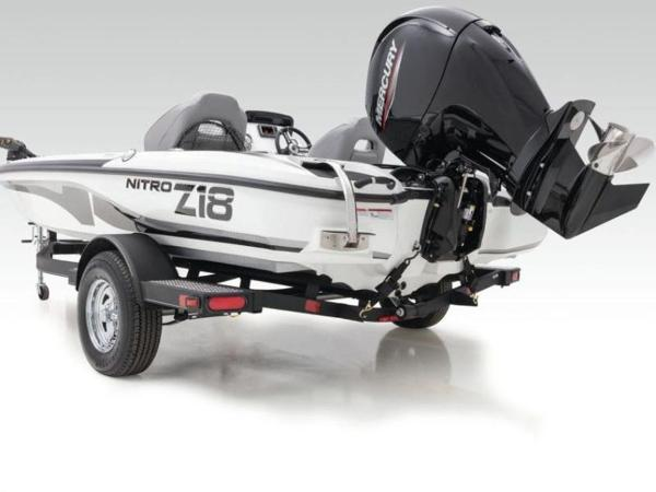 2020 Nitro boat for sale, model of the boat is Z18 Pro & Image # 8 of 39
