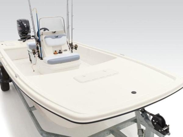 2020 Mako boat for sale, model of the boat is Pro Skiff 19 CC & Image # 10 of 35