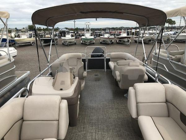 2018 Princecraft boat for sale, model of the boat is Vectra 23 & Image # 2 of 8
