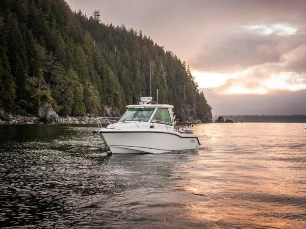 2020 Boston Whaler boat for sale, model of the boat is 285 Conquest Pilothouse & Image # 11 of 72