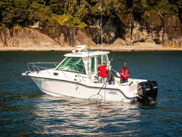 2020 Boston Whaler boat for sale, model of the boat is 285 Conquest Pilothouse & Image # 19 of 72
