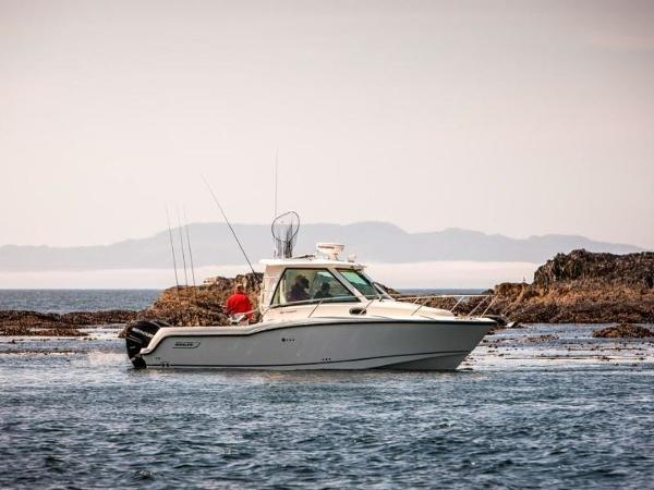 2020 Boston Whaler boat for sale, model of the boat is 285 Conquest Pilothouse & Image # 46 of 72