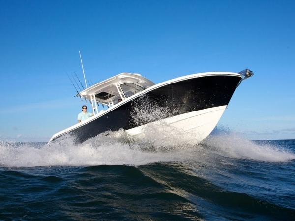2020 Edgewater boat for sale, model of the boat is 280CC & Image # 2 of 14