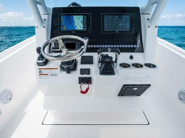 2020 Edgewater boat for sale, model of the boat is 280CC & Image # 8 of 14