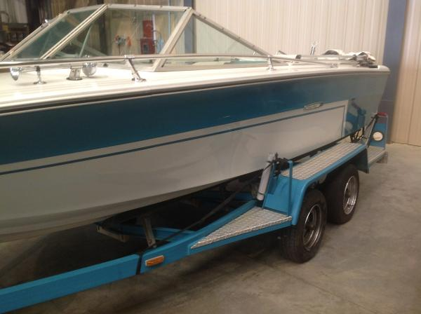 1972 Sea Ray boat for sale, model of the boat is SRV 190 I/O & Image # 3 of 21