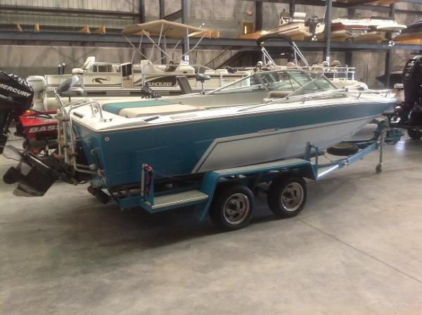 1972 Sea Ray boat for sale, model of the boat is SRV 190 I/O & Image # 2 of 21