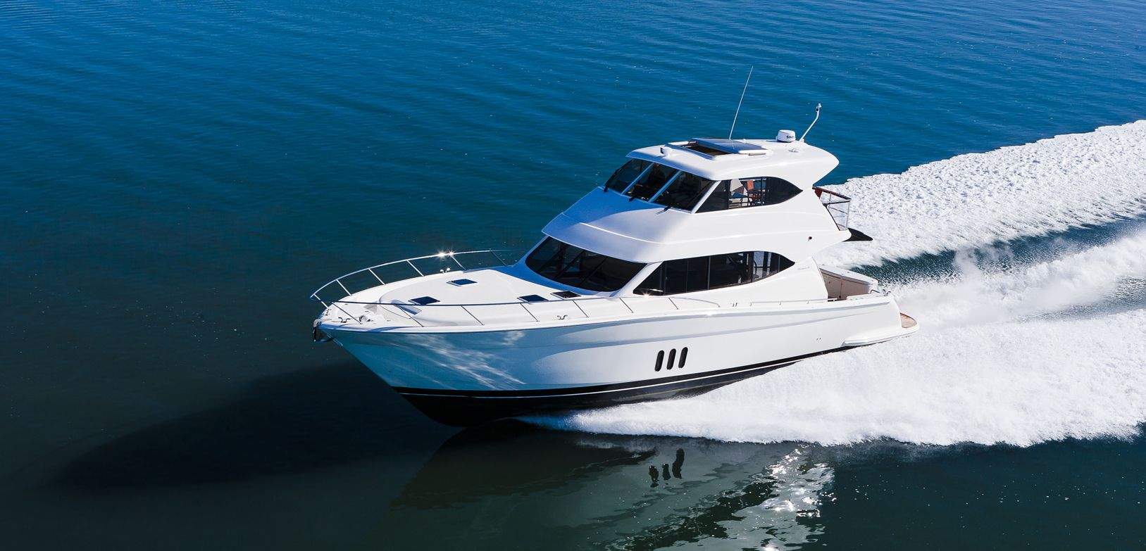 Manufacturer Provided Image: Maritimo M58 Side View