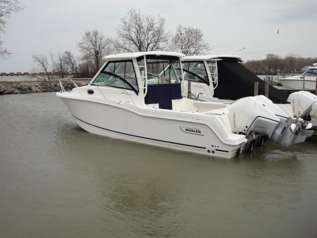Boston Whaler285 Conquest
