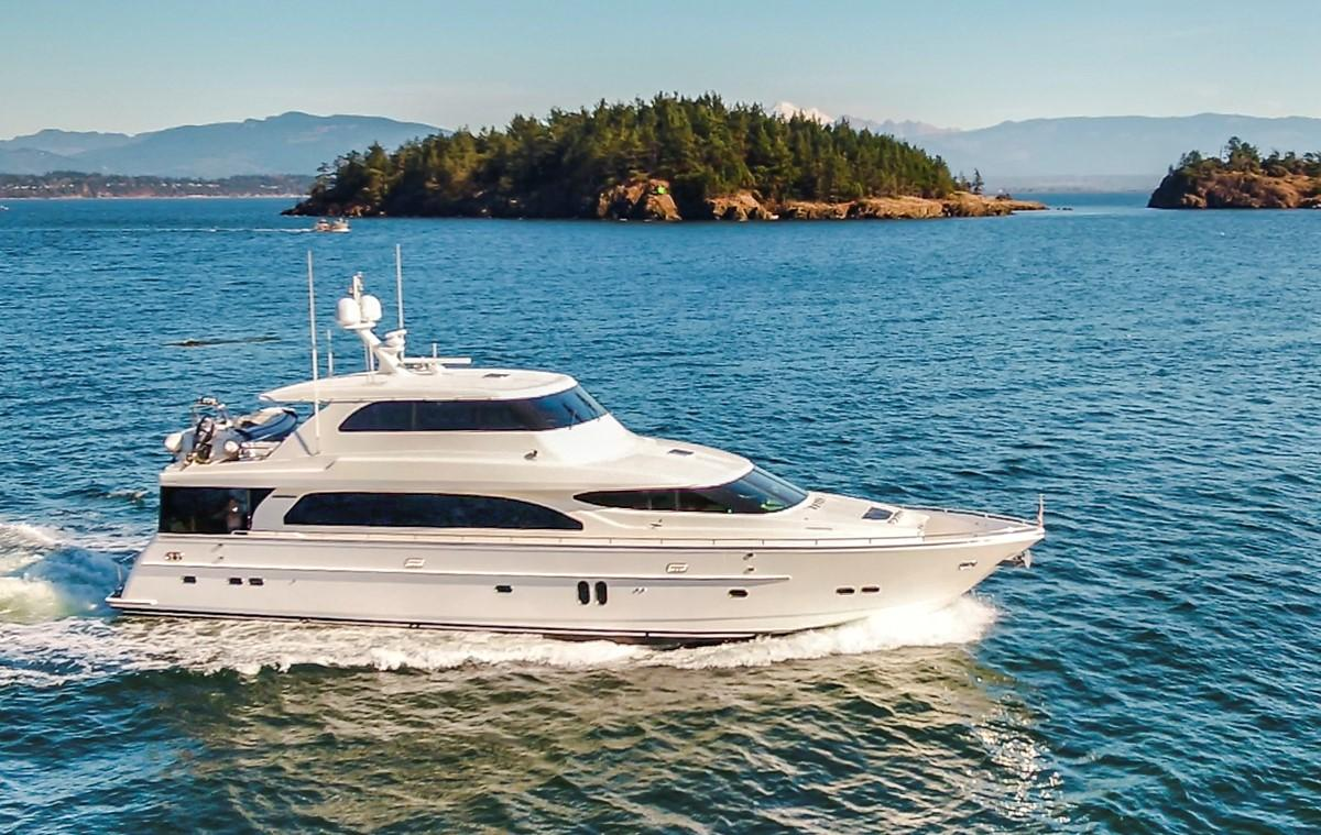 Picture Of:  82' Horizon Motor Yacht 2006Yacht For Sale | 2 of 63