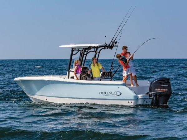 2020 Robalo boat for sale, model of the boat is R230 & Image # 3 of 24