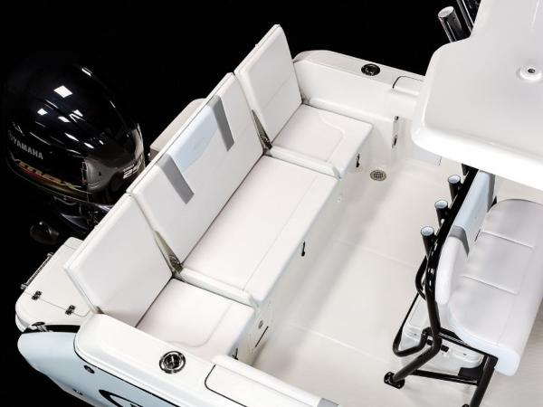 2020 Robalo boat for sale, model of the boat is R230 & Image # 9 of 24