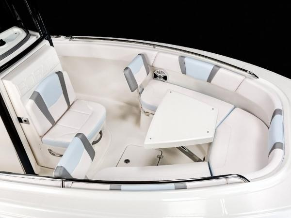 2020 Robalo boat for sale, model of the boat is R230 & Image # 23 of 24