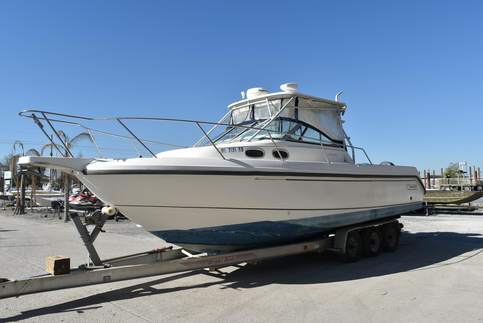 1999 Boston Whaler boat for sale, model of the boat is 285 Conquest & Image # 4 of 50