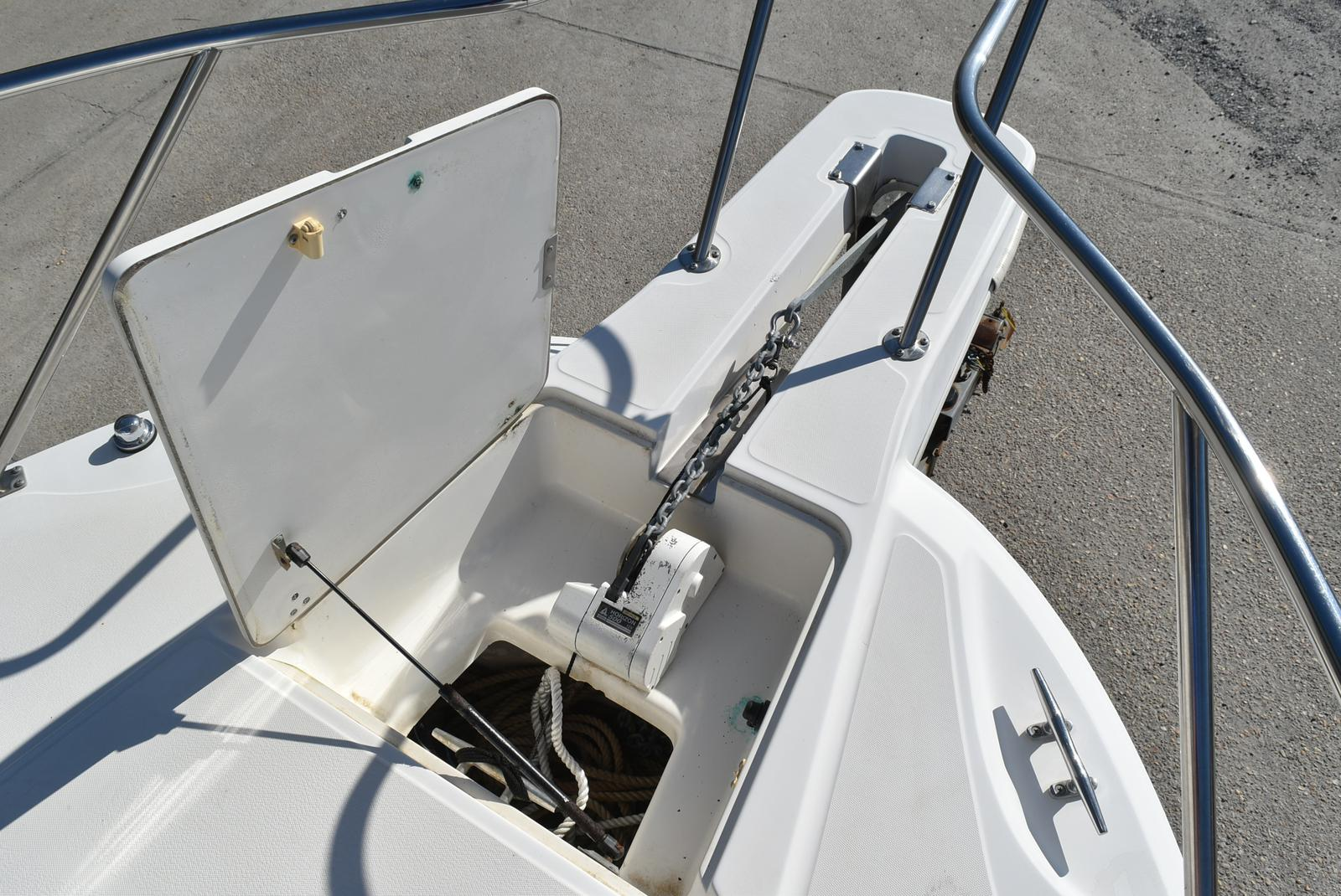 1999 Boston Whaler boat for sale, model of the boat is 285 Conquest & Image # 6 of 50