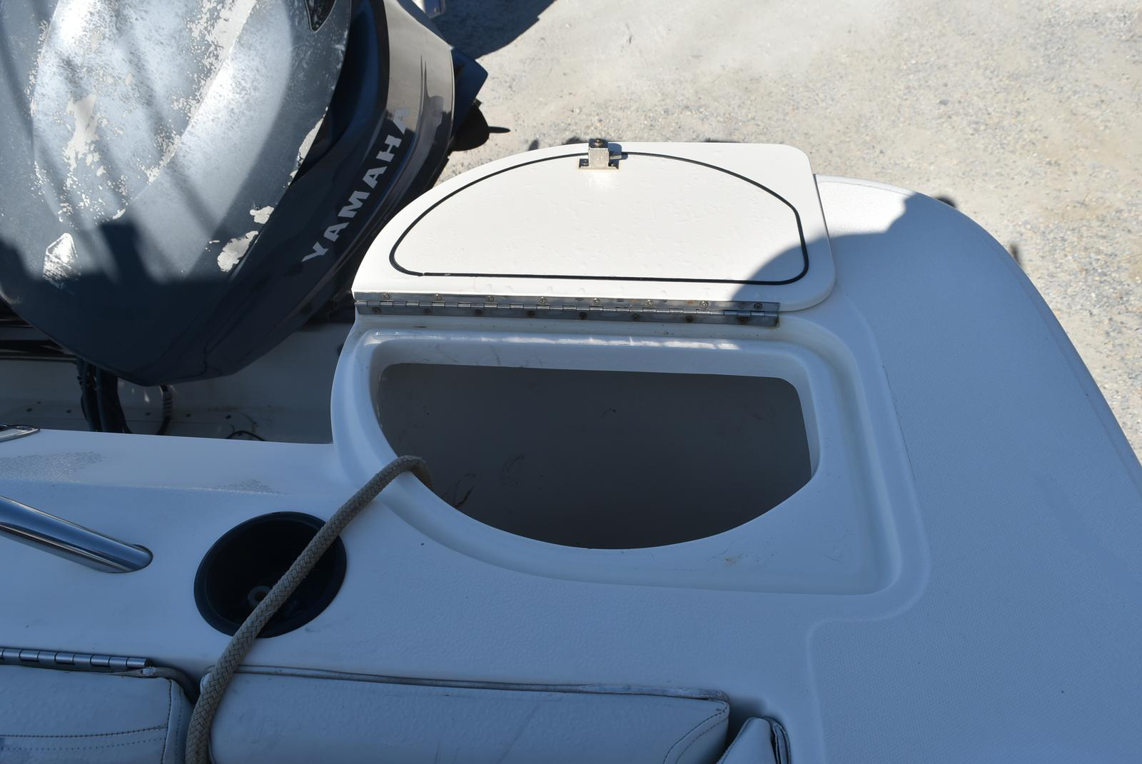 1999 Boston Whaler boat for sale, model of the boat is 285 Conquest & Image # 16 of 50