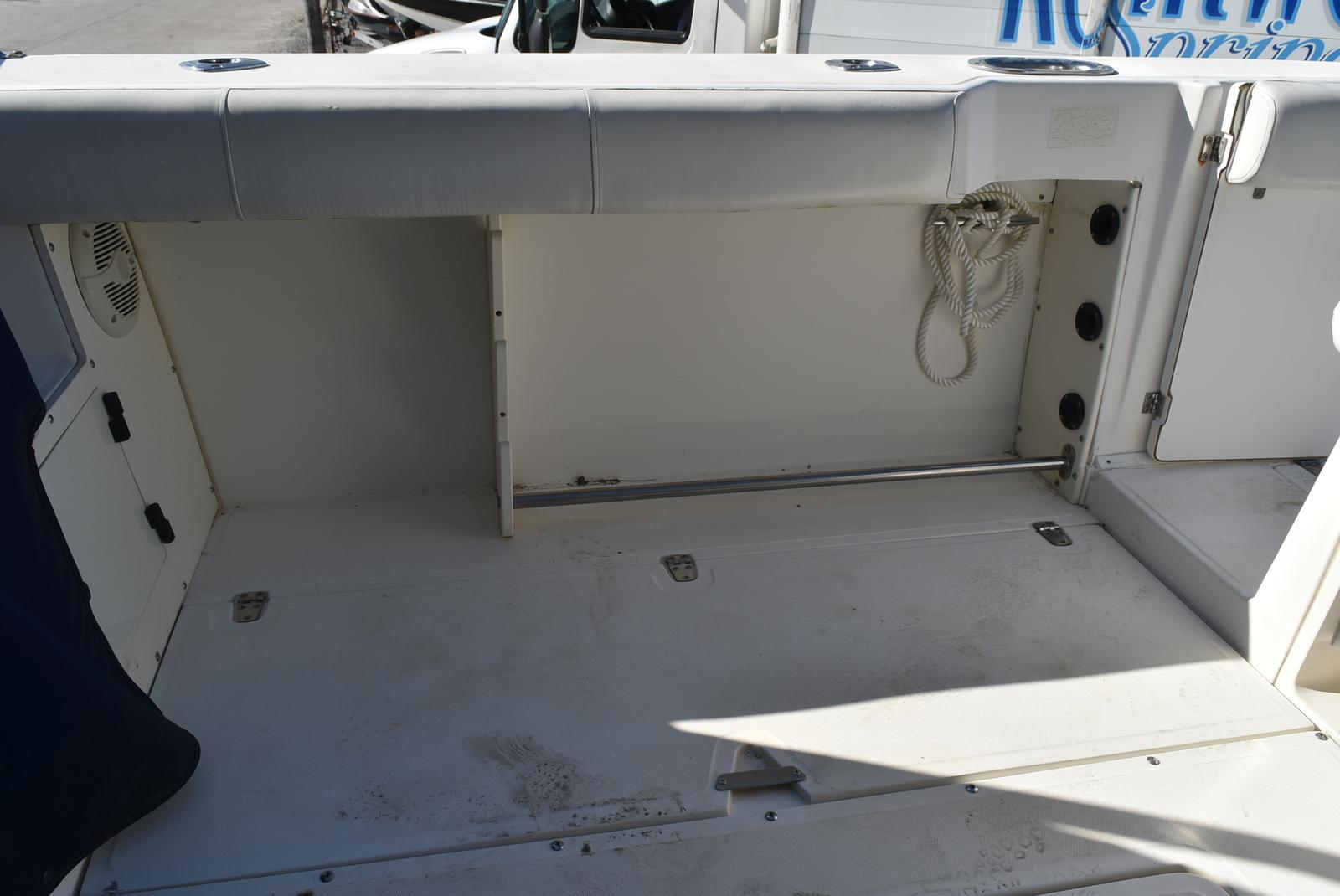 1999 Boston Whaler boat for sale, model of the boat is 285 Conquest & Image # 9 of 50