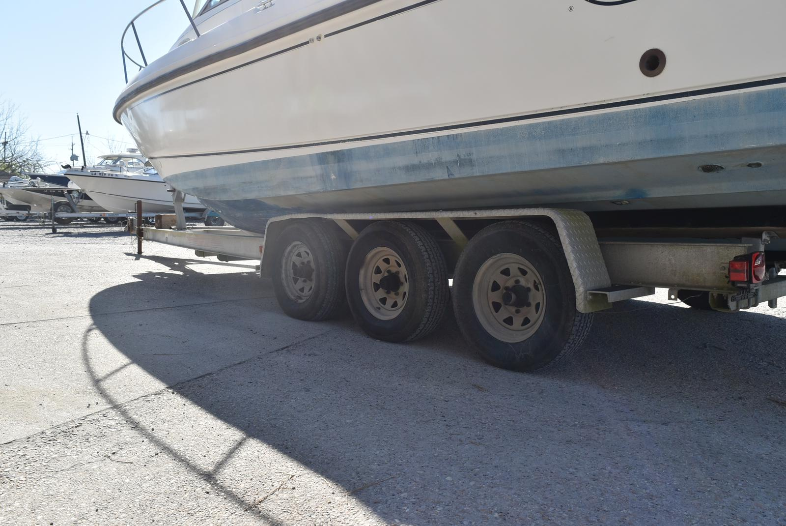 1999 Boston Whaler boat for sale, model of the boat is 285 Conquest & Image # 32 of 50