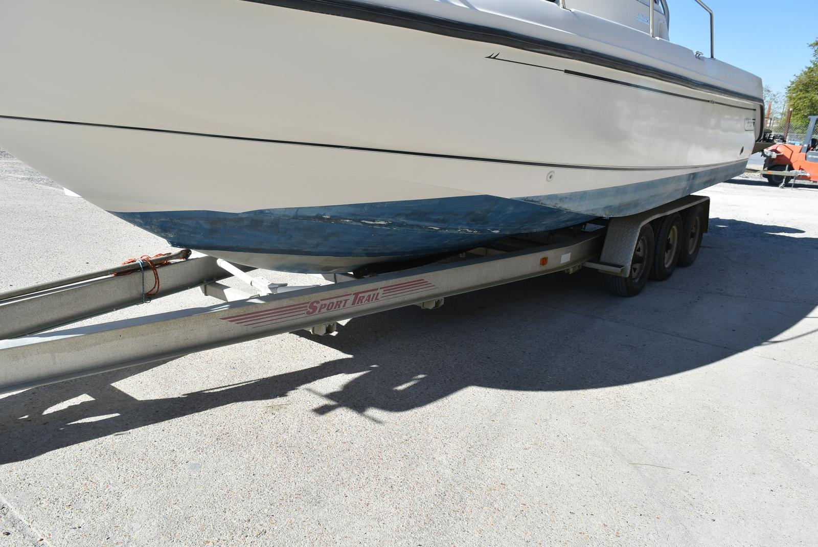 1999 Boston Whaler boat for sale, model of the boat is 285 Conquest & Image # 33 of 50