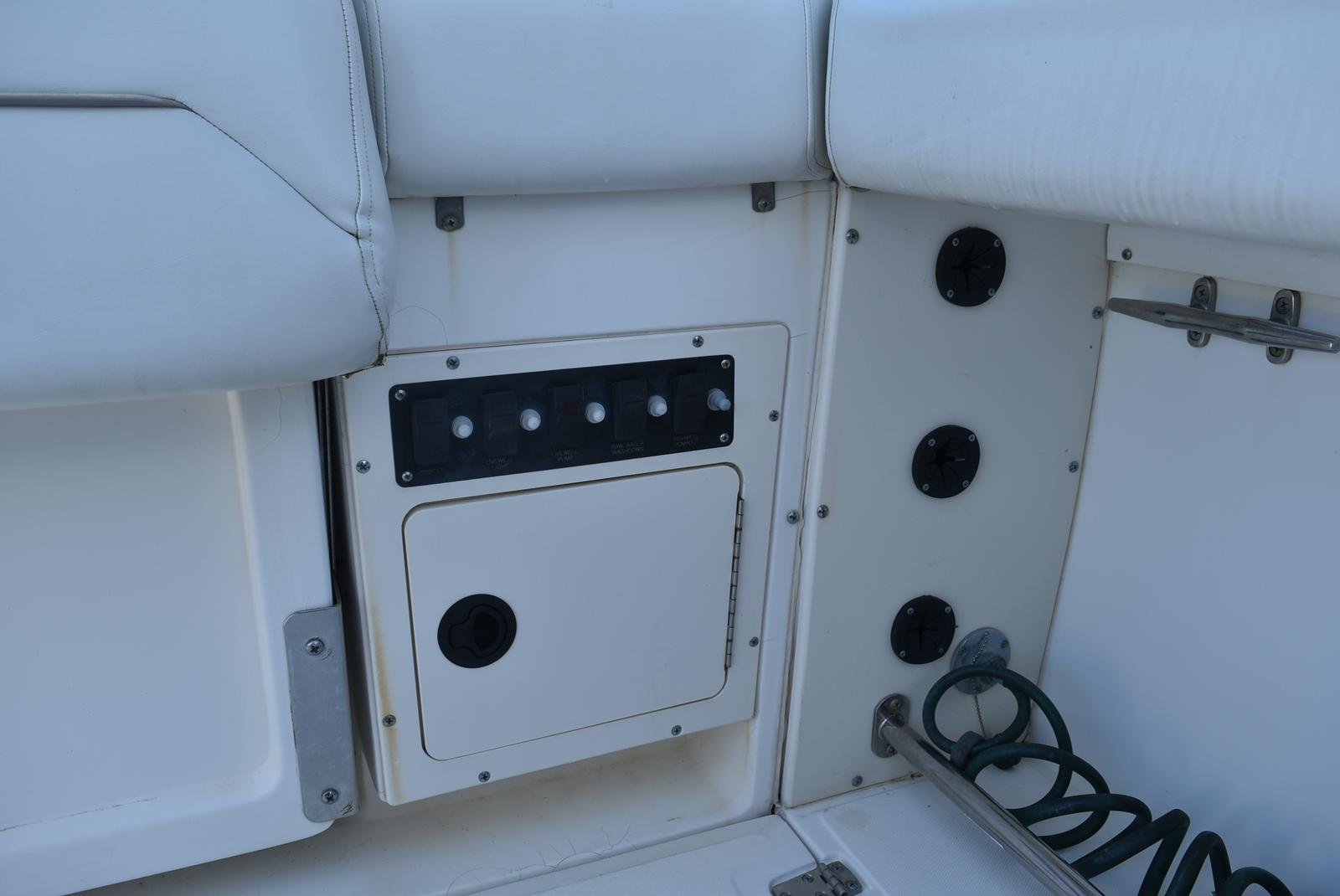 1999 Boston Whaler boat for sale, model of the boat is 285 Conquest & Image # 14 of 50