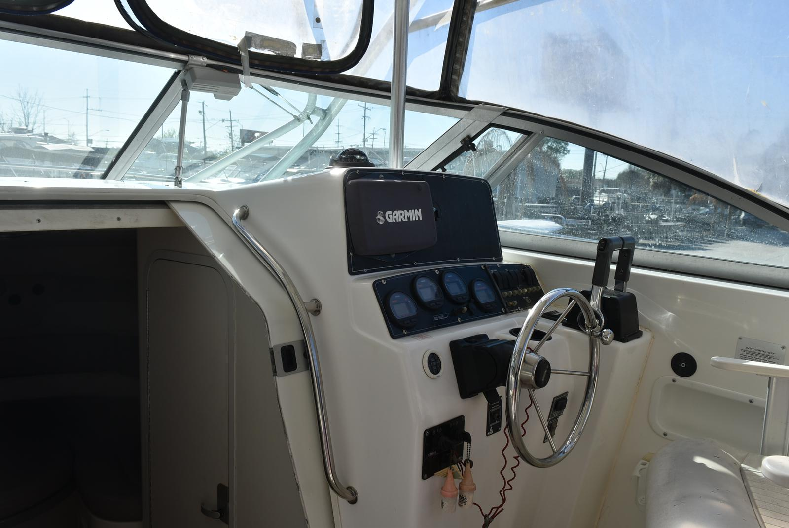 1999 Boston Whaler boat for sale, model of the boat is 285 Conquest & Image # 24 of 50