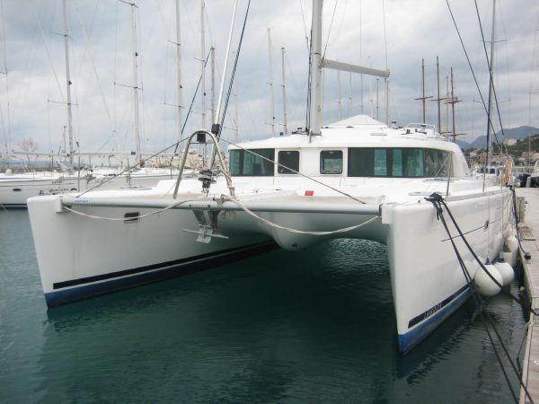 LAGOON 440