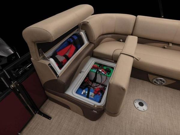 2020 Regency boat for sale, model of the boat is 210 DL3 & Image # 32 of 52