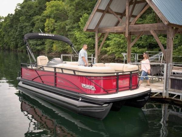 2020 Regency boat for sale, model of the boat is 210 DL3 & Image # 35 of 52