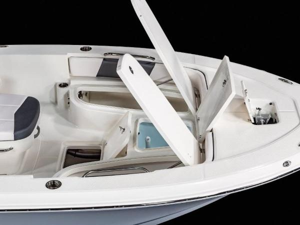 2020 Robalo boat for sale, model of the boat is 226 Cayman & Image # 11 of 20