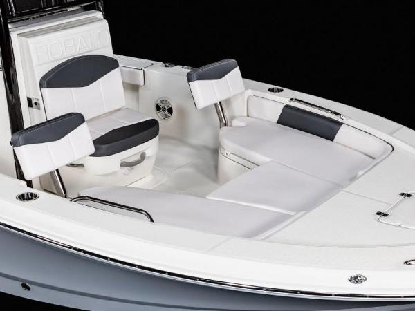 2020 Robalo boat for sale, model of the boat is 226 Cayman & Image # 12 of 20