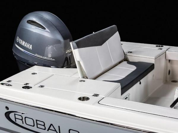 2020 Robalo boat for sale, model of the boat is 226 Cayman & Image # 15 of 20
