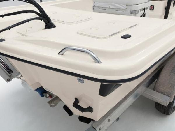 2020 Mako boat for sale, model of the boat is Pro Skiff 19 Top Drive & Image # 24 of 31