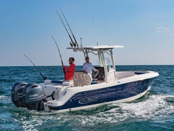 2020 Robalo boat for sale, model of the boat is R242 & Image # 2 of 6