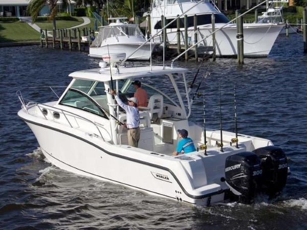 2020 Boston Whaler boat for sale, model of the boat is 315 Conquest & Image # 5 of 79