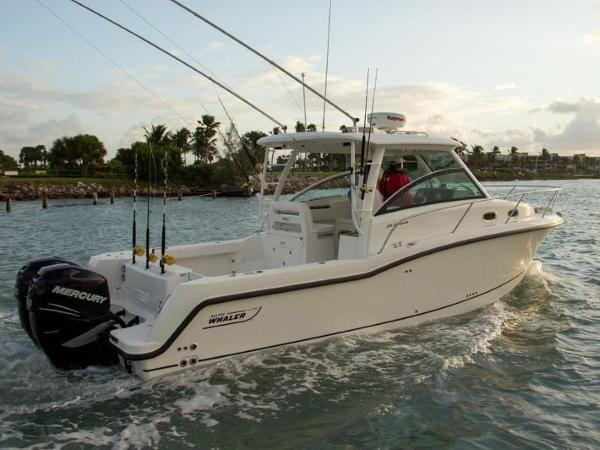 2020 Boston Whaler boat for sale, model of the boat is 315 Conquest & Image # 7 of 79
