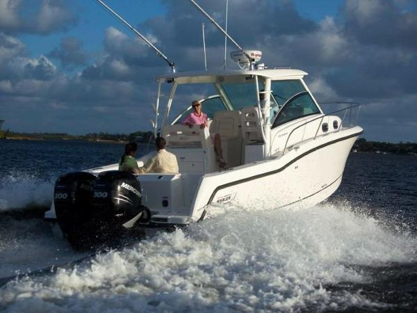 2020 Boston Whaler boat for sale, model of the boat is 315 Conquest & Image # 15 of 79
