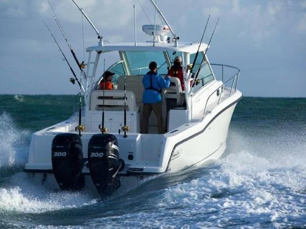 2020 Boston Whaler boat for sale, model of the boat is 315 Conquest & Image # 16 of 79